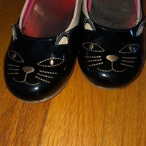 Adorable cat wedge shoe with ankle strap